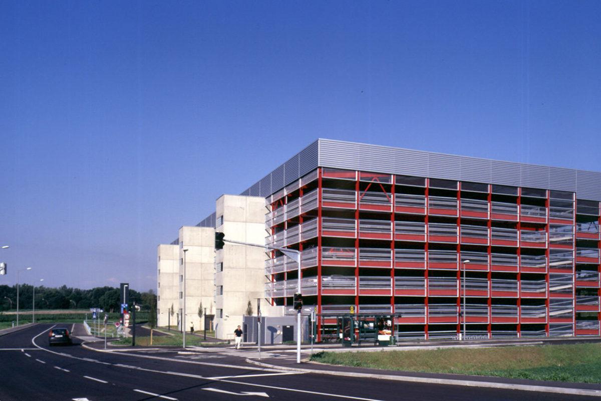 Öffentliches Parkhaus Thondorf